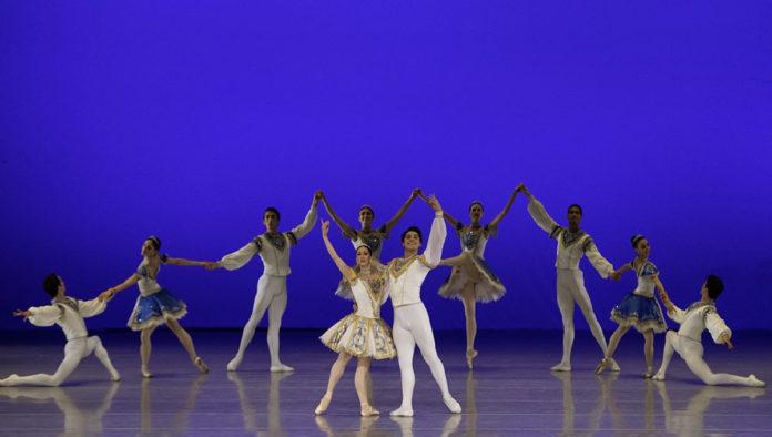Compañía Nacional de Danza cancela gala en Bellas Artes por sospecha de COVID-19