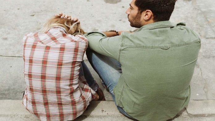 Una pareja en monotonía