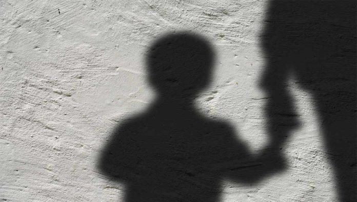 Sombra de un menor