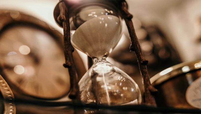 Reloj de arena que representa el tiempo