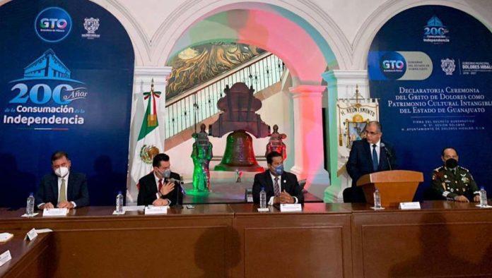 Firma para declarar El Grito de Dolores Patrimonio