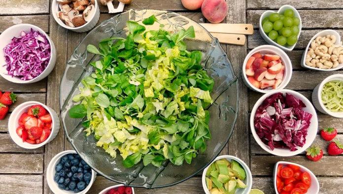 ¿Qué elementos lleva la ensalada perfecta?