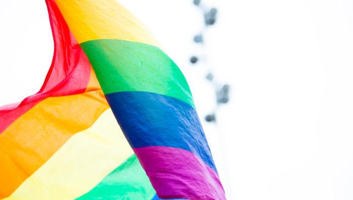 Aprueban en comisiones matrimonio igualitario en Yucatán