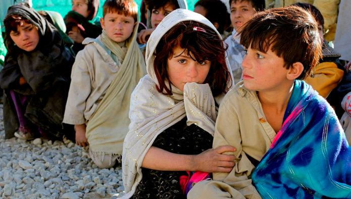 10 millones de menores afganos necesitan asistencia humanitaria: Unicef