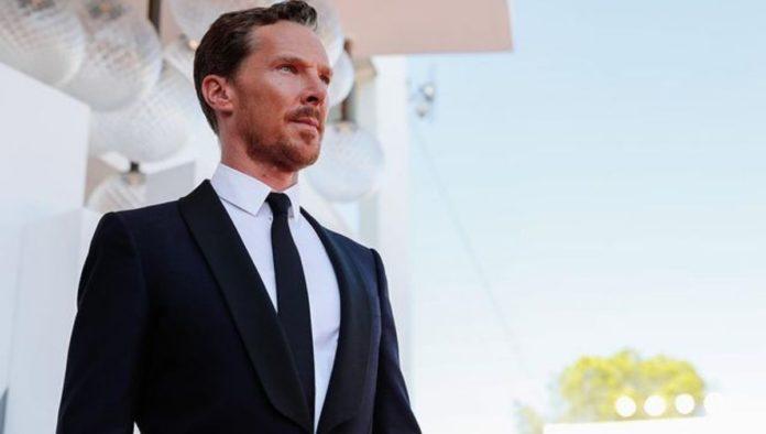Benedict Cumberbatch habla sobre la demanda de Scarlett Johansson