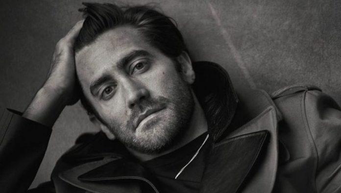"""Jake Gyllenhaal afirma que estaba siendo """"sarcástico"""" sobre no bañarse regularmente"""
