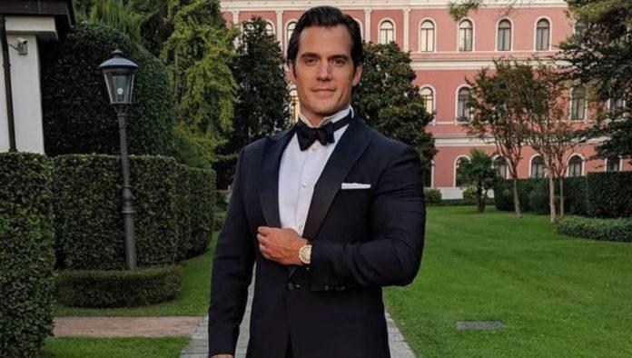 Henry Cavill está dispuesto a interpretar a James Bond, o a un villano