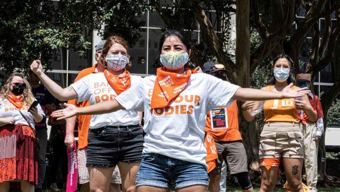 Protestan en favor del aborto