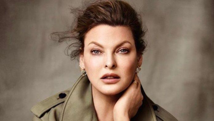Supermodelo Linda Evangelista revela que procedimiento de belleza la deformó