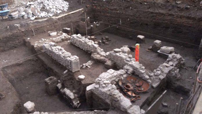 Restos hallados en Tlatelolco