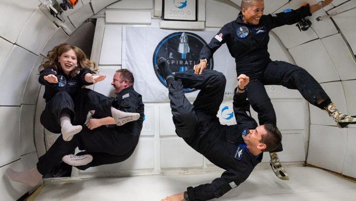 Tripulación civil de SpaceX